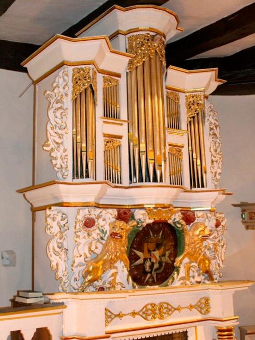Zarte Orgelklänge